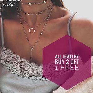 Jewelry - New Dainty Layered Choker Statement Necklace